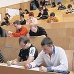 Két vizsgalehetőség, kötelező alkalmassági vizsga: ilyen a felsőoktatás Európában