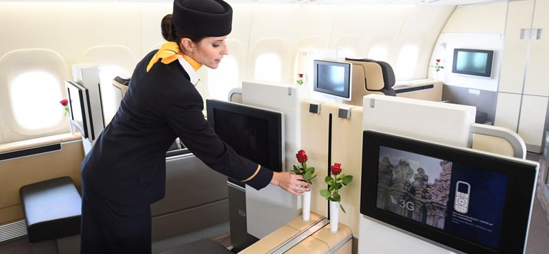 Lufthansa cancela los saludos habituales