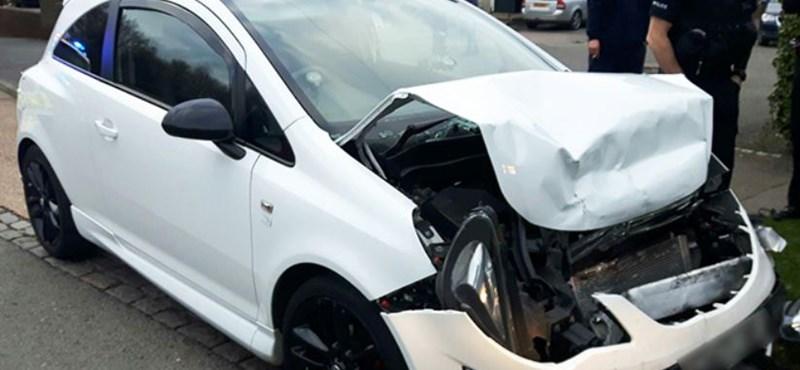 Elképesztő képsorok: Saját, részeg autózását vette fel egy sofőr