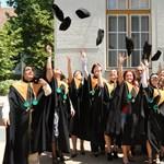 Diploma nyelvvizsga nélkül: a Debreceni Egyetemen is döntöttek