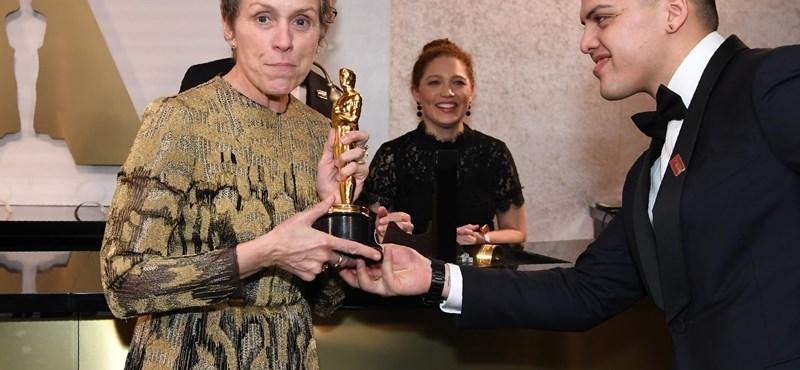 Máris vádat emeltek a Frances McDormand Oscarját ellopó férfi ellen