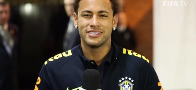 Neymar miatt távozna a PSG-ből Cavani