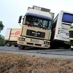 Az előzési tilalom óta negyedével csökkent a kamionbalesetek száma