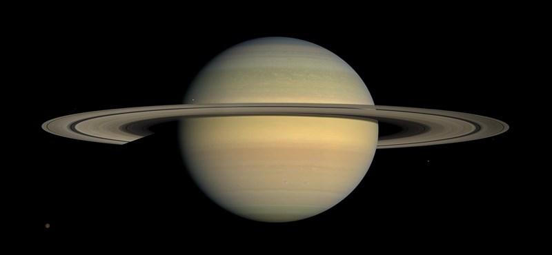 Kiderült, miért marad egyben a Szaturnusz nagy gyűrűje