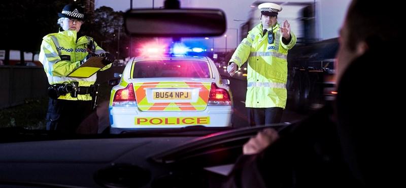 Keménykednek a britek: 1 mérföld gyorshajtásnál is megy a bírság