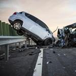 Sok százezres csekkel folytatja az autósok zaklatását az MKB Biztosító