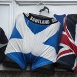 Skót függetlenségpártiak tízezrei vonultak fel Glasgowban