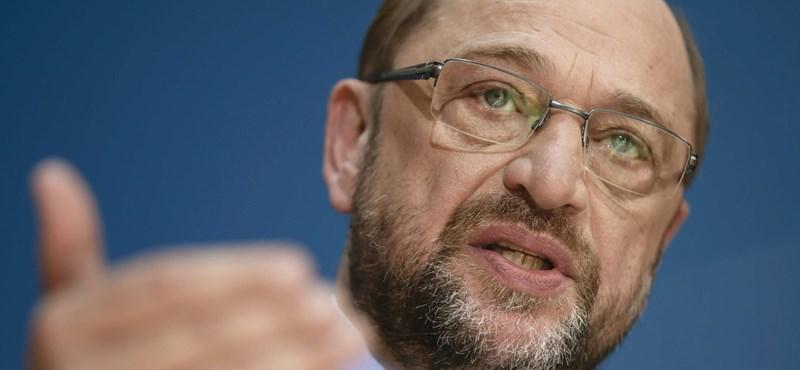 Schulz kiszáll az SPD-ből, külügyminiszter lesz