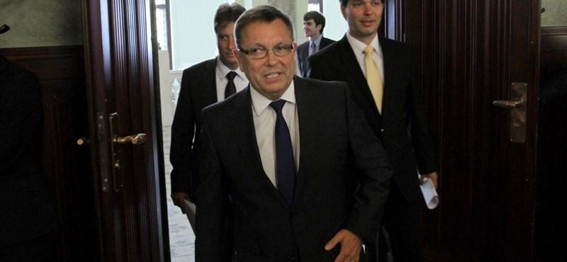 Már megint Orbán lesz az EU kerékkötője