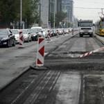 Kimaradt egy kétszáz méteres szakasz a Róbert Károly körút felújításából, újra le fogják zárni