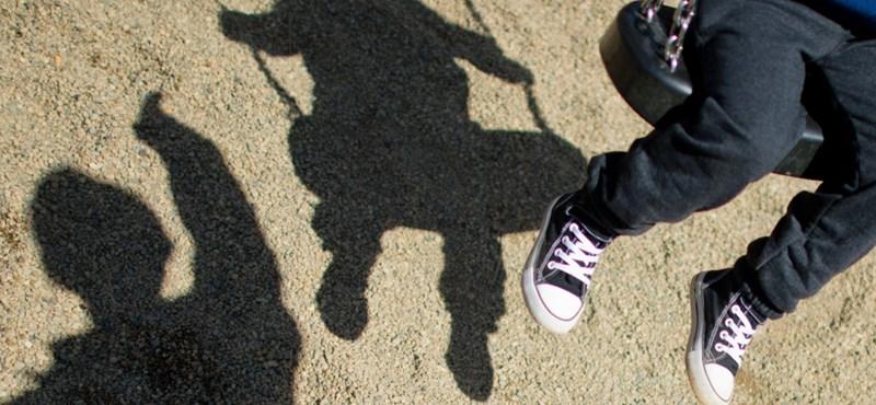 Kényszerkasztrálják a gyerekek ellen szexuális erőszakot elkövető elítélteket Ukrajnában
