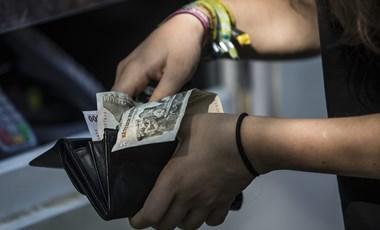 A nyár ösztöndíjpályázatai: így kaphattok 100 ezer forintot is havonta