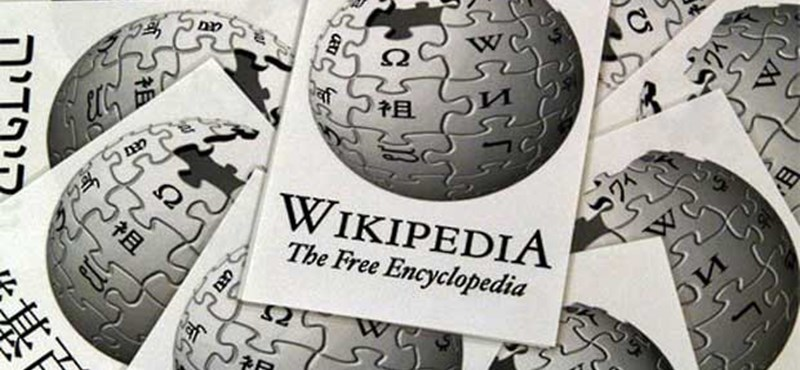 Éppen ma van 15 éve, hogy feleslegessé váltak a lexikonok