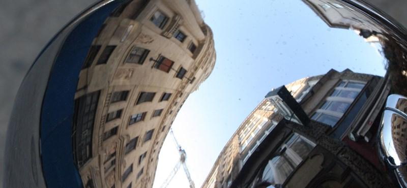 Itt jártunk: Vörösmarty tér, luxusétterem a magasban