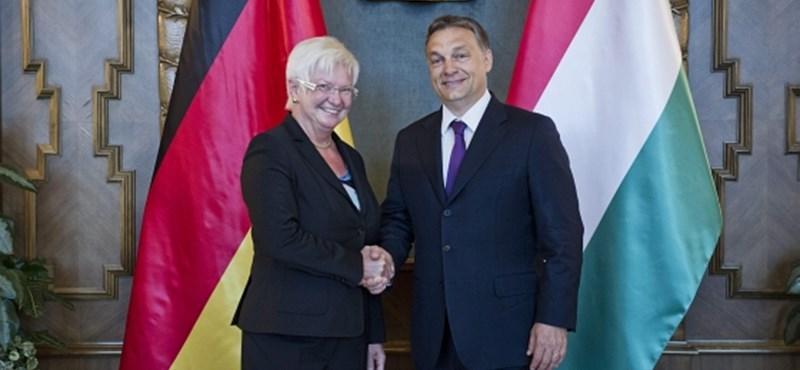 Orbán: Közép-Európa összenőtt a német gazdasággal