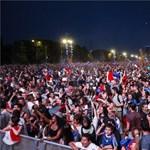 Ha nem látja, nem hiszi: így ünnepelte Párizs Griezmann gólját