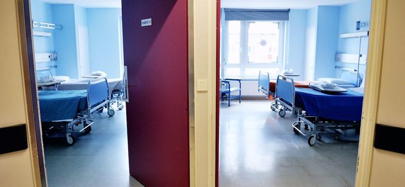 Népszava: Lassan elkezdhetik visszaengedni a betegeket a kórházakba