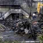 Egy négygyermekes család követett el öngyilkos merényleteket Indonéziában