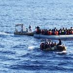 Kilencszáz menedékkérő fulladt idén a Földközi-tengerbe