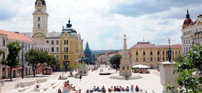 Kutatásnak álcázott lejárató kérdésekkel támadják az ellenzéki jelöltet Pécsen