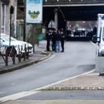 Terrorista támadás volt a párizsi késelés