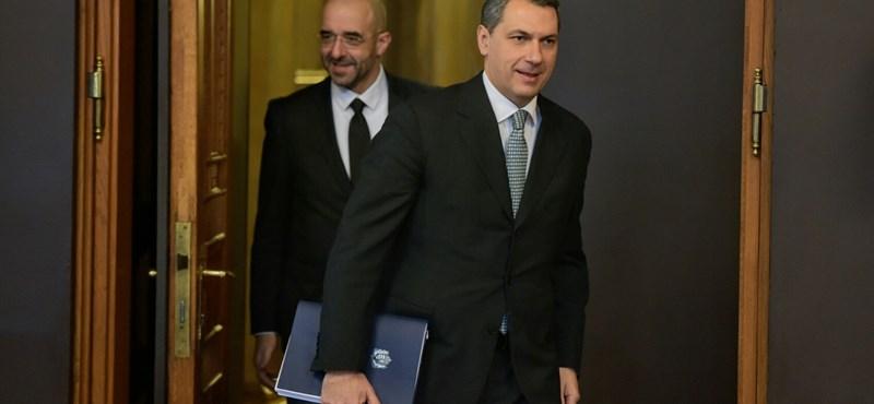 Kormányinfó: CEU-tól Orbánig - percről percre