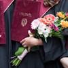 Nyelvvizsga nélkül is kiadják a diplomákat