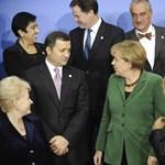 Ujjal mutogat Magyarországra a nemzetközi politika