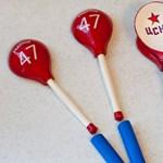 Hol van már a vuvuzela? Az oroszoknál a fakanál a menő