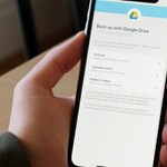 iPhone-t használ és Google Drive-ot? Most bekapcsolhatja az arc- és ujjlenyomat-azonosítást