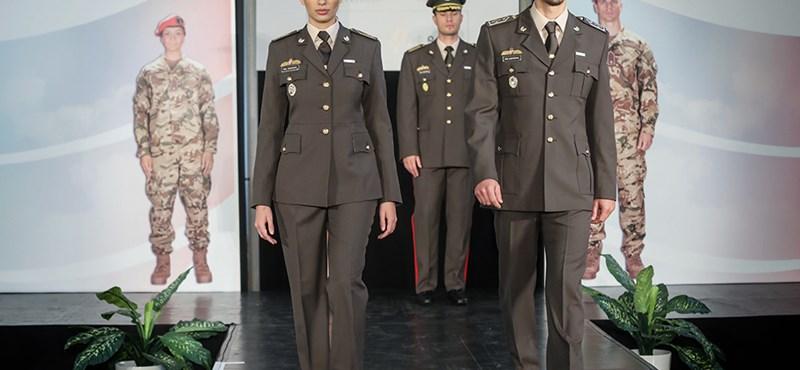Bemutatták az új honvéd egyenruhákat