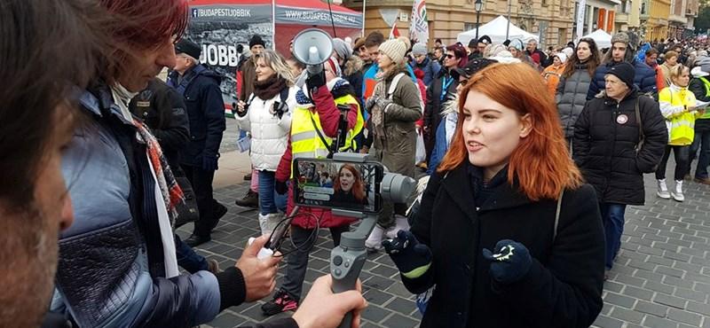 Nagy Blanka a színpadról is beolvasott a Fidesz publicistájának