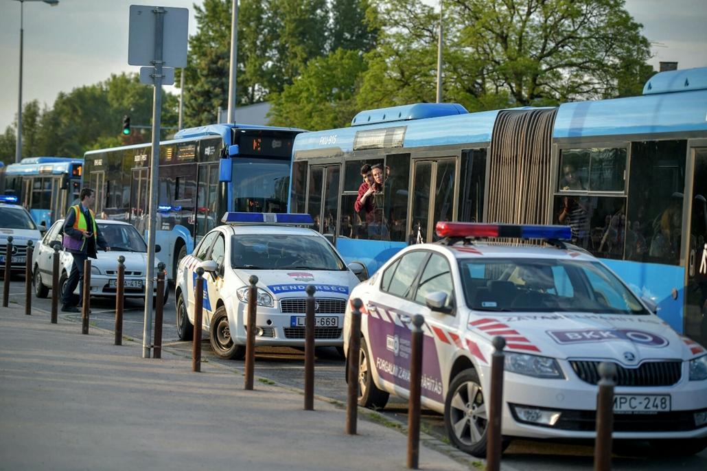 Hatósági zár a Szentendrei úton