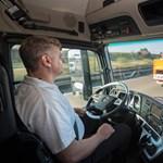 Veszélyben a kamionsofőrök állása, jönnek az önvezető monstrumok