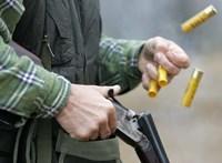 Fideszes politikust lőttek arcon egy vadászaton