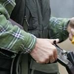 Vádat emeltek a francia turista pásztorkutyáját agyonlövő vadász ellen