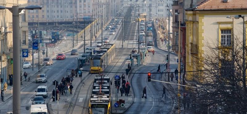 Meghalt egy ember reggel a Margit hídnál