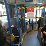 Buszsofőrök kérik az operatív törzset, hogy hozzák vissza a tavasszal bevált óvintézkedéseket