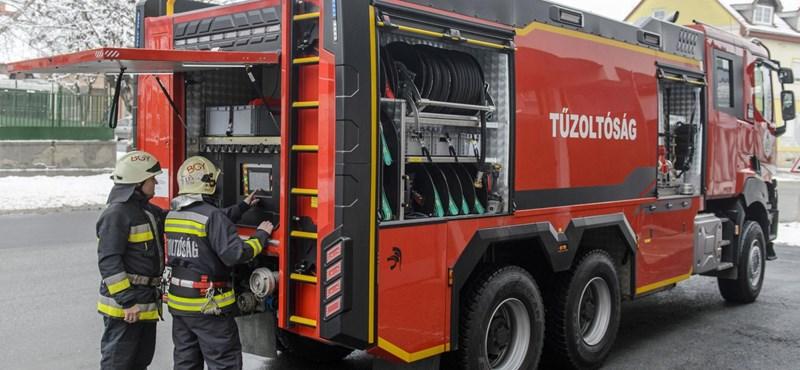 Hétvégi pihenést ajánl fel a szörnyű mezőörsi baleseten dolgozó tűzoltóknak a szakszervezet