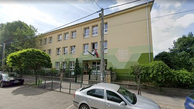 Teljesen leáll az oktatás jövő héten a járvány miatt egy budapesti iskolában