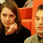 A tandíj ellen háborúzva jutott Orbán tizenöt év alatt a csúcsra