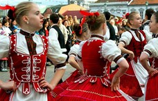 A csárdás és a gyapjúhímzés is a szellemi kulturális örökség része lett