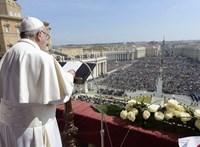 A vérontás megállítását sürgette e pápa Urbi et Orbi üzenetében