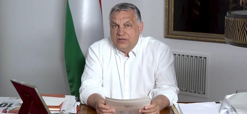 2,2 millió példányban üdvözli Orbán Viktor a nyugdíjasokat