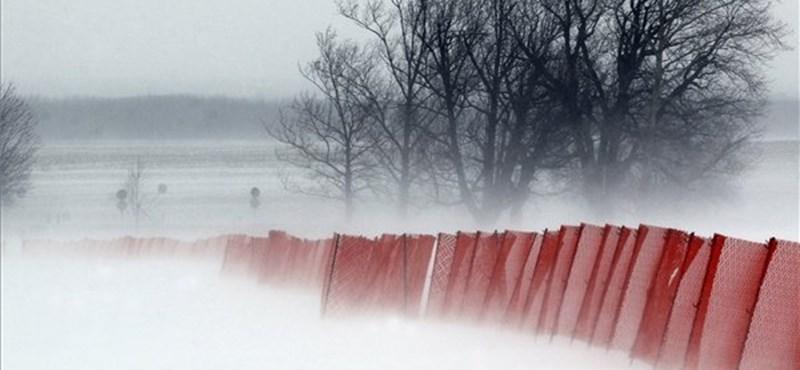 Ma hófúvásra figyelmeztetnek a meteorológusok