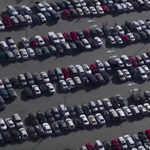 A tulajdonosok negyede odaadná autóját, ha addig ingyen parkolhatna a reptéren