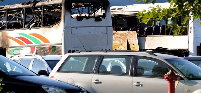 A burgaszi buszrobbantás miatt megerősítették a cseh reptereket