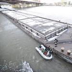 A Rákóczi hídnak ütközött egy hajó