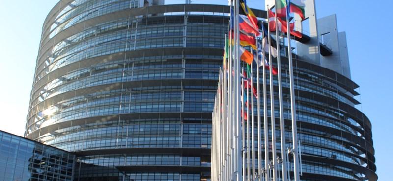 Június második felétől könnyebben tudnak Európába utazni az ukránok