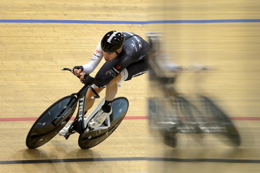 afp.14.09.18. - Grenchen, Svájc: a német kerékpáros, Jens Voigt világrekord-kísérlete